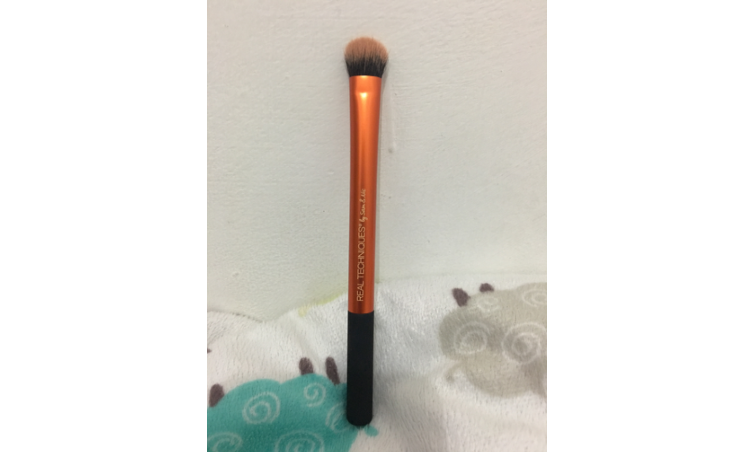 Real Techniques 1542 Expert Concealer Brush